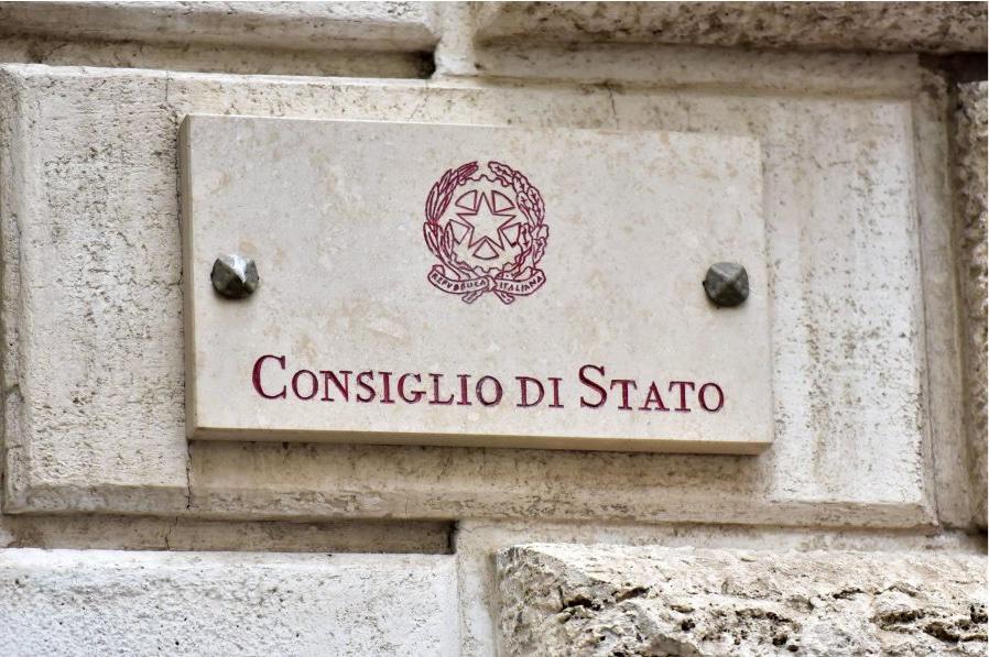 Consiglio-di-Stato-targa
